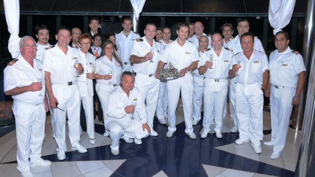 trabalho em navio: com a tripulação