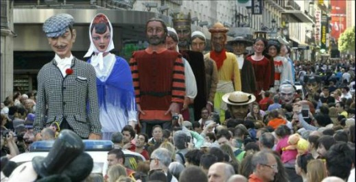 Festa de San Isidro em Madrid: Gigantes e Cabeçudos
