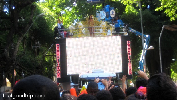Carnaval de Salvador: Ivete em cima do trio Demolidor