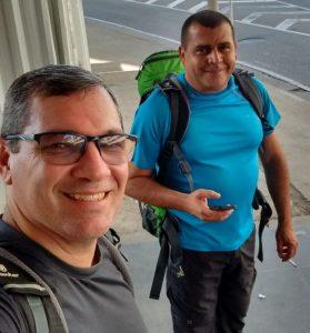 Albergues brasileiros no Caminho de Santiago: Braulio e Junior, Albergue do Brasil